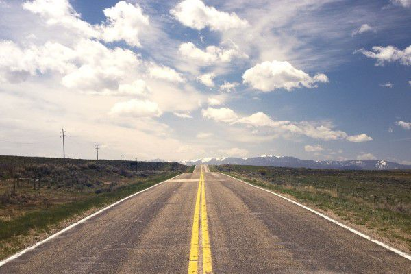 gratisography-lonely-road-blue-sky-thumbnail-small